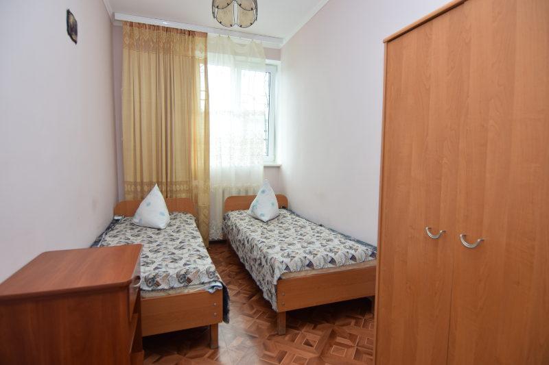 Трехкомнатные апартаменты с кухней (No2)